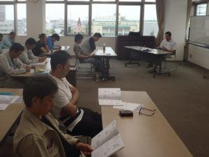 講義中の小林労働安全コンサルタント